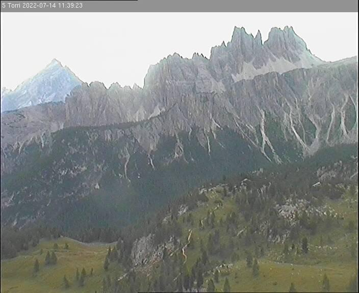 5 Torri - Vista Croda da Lago e Monte Antelao